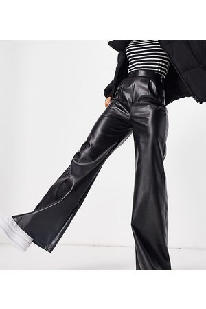 NaaNaa Faux leather wide leg pants in
