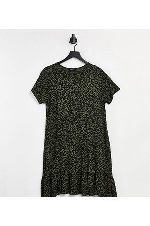 Yours Tiered smock dress in khaki leopard print