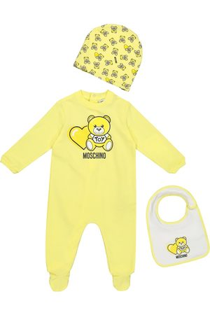 Moschino Baby stretch-cotton onesie, bib and hat set