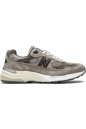 New Balance M992J2 low-top sneakers