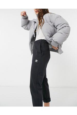 adidas Sweatpants - Trefoil Essentials logo straight leg sweatpants in
