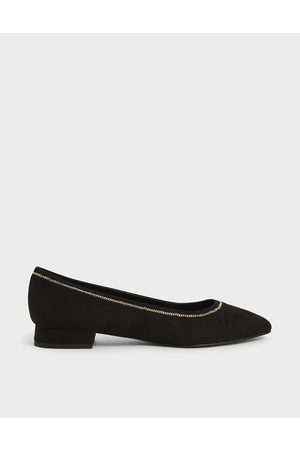 CHARLES & KEITH Textured Chain Embellished Ballerina Flats