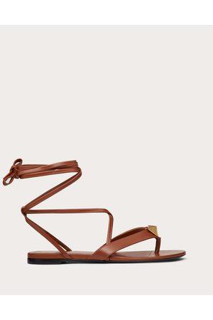 VALENTINO GARAVANI Roman Stud Flat Flip Flop Sandal In Calfskin Women Saddle 100% Pelle Di Vitello - Bos Taurus 36