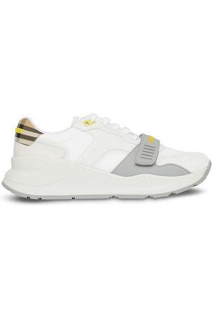 Burberry Men Sneakers - Low-top panelled sneakers