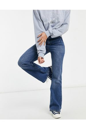 Urban Bliss High Waisted - Straight flare jean in mid wash-Blues