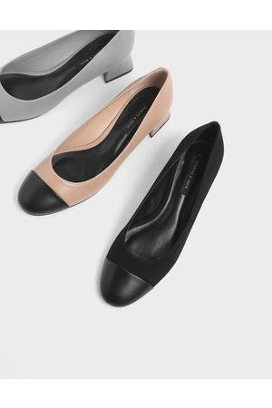 CHARLES & KEITH Round Toe Curved Block Heel Textured Pumps