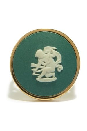 Ferian Women Rings - Cupid Wedgwood Cameo & 9kt Gold Signet Ring - Womens