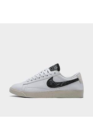 Nike Women's Blazer Low SE Casual Shoes in /