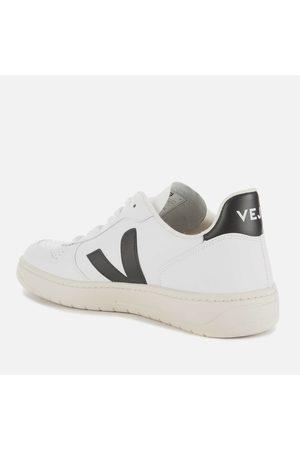 Veja Men's V-10 Leather Trainers