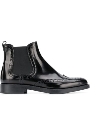 Tod's Punch-hole detailing 25mm Chelsea boots