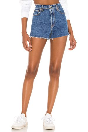 Levi's Ribcage Short in Blue.