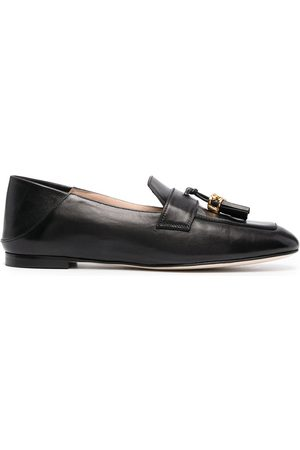 Stuart Weitzman Wylie tassel-embellished leather loafers