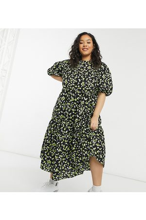 ASOS ASOS DESIGN Curve tiered cotton smock midi dress in floral print-Multi
