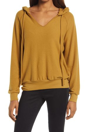 Treasure & Bond Women's Cozy V-Neck Hooded Sweatshirt