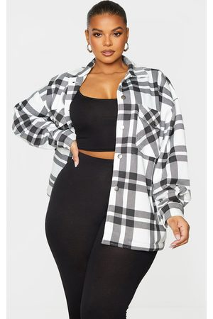 PRETTYLITTLETHING Plus Checked Pocket Front Shacket