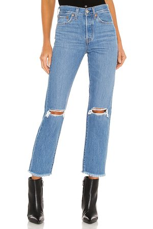 Levi's Wedgie Straight Ankle in Blue.