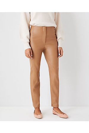 ANN TAYLOR The Audrey Pant in Faux Leather