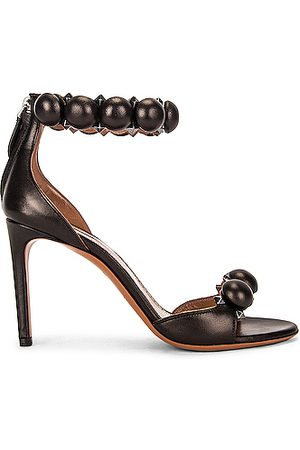 Alaïa Leather Bombe Sandals in