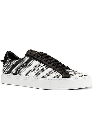 Givenchy Urban Street Low Sneaker in Abstract,