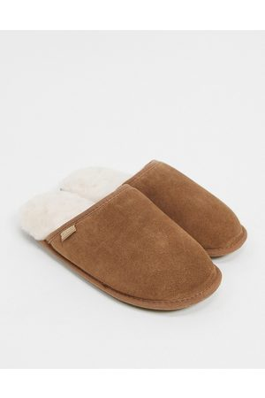 Sheepskin by Totes Suede mule slippers in chestnut-Tan