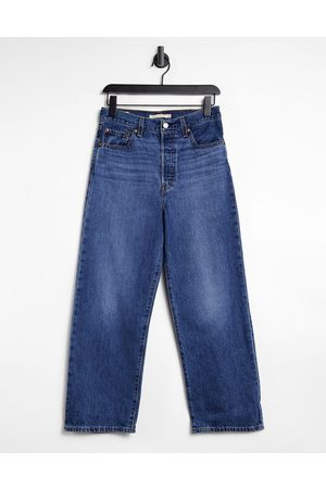 Levi's Ribcage straight leg ankle grazer jeans in darkwash blue-Blues