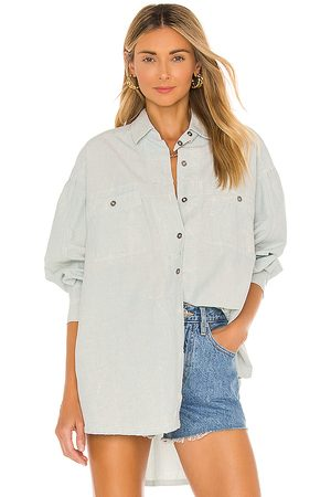 Free People Cardiff Buttondown in Baby .