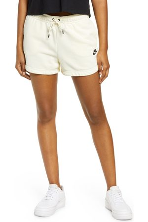 Nike Women's Essential Shorts