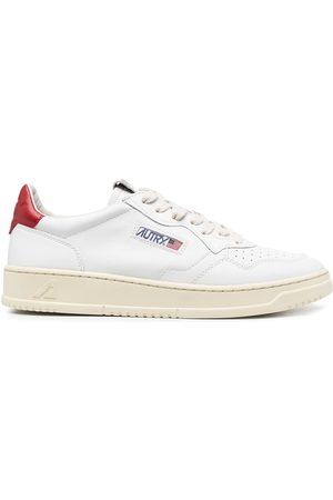 Autry Men Sneakers - Medalist low-top sneakers