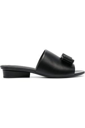 Salvatore Ferragamo Double bow mule sandals - NERO