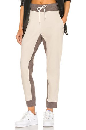 Varley Valley Sweatpant in Taupe.