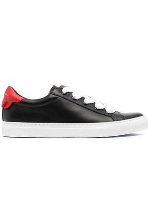 Givenchy Men Sneakers - MEN'S BH0048H0S2009 LEATHER SNEAKERS
