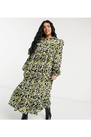 Never Fully Dressed Tiered smock top midi dress in smudge print