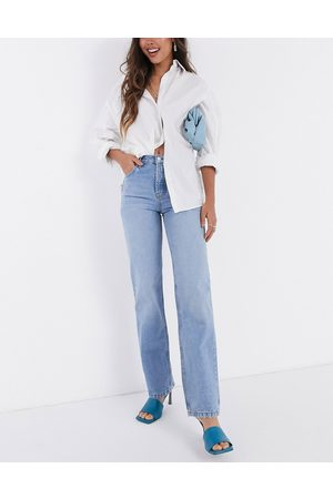 ASOS Mid rise '90's' straight leg jeans in midwash