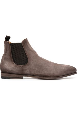 Officine creative Ankle-length suede boots - Neutrals
