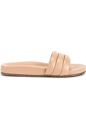 Seychelles Low Key Sandal in Beige.