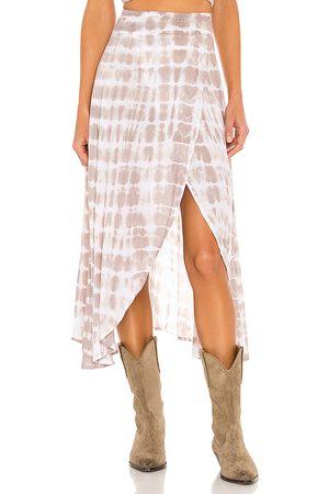 TIARE HAWAII Seminyak Skirt in Taupe, .