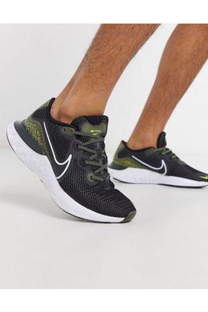 Nike Renew Run SE sneakers in