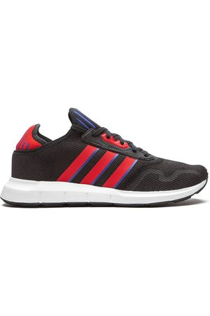 adidas Swift Run low-top sneakers