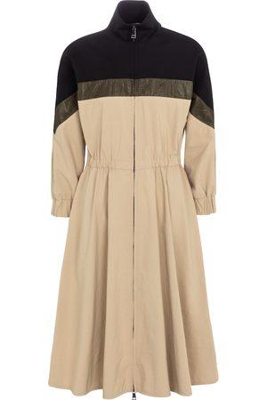 Moncler Zipped midi dress