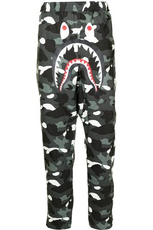 A Bathing Ape Camouflage print trousers - Grey