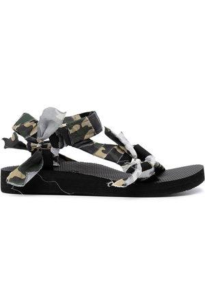 Arizona Love Trekky camouflage-print sandals