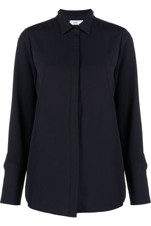 Closed Concealed-button shirt