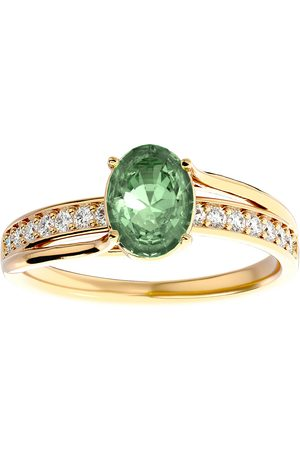 SuperJeweler 1.25 Carat Oval Shape Green Amethyst & 14 Diamond Ring in 14K (3.50 g)