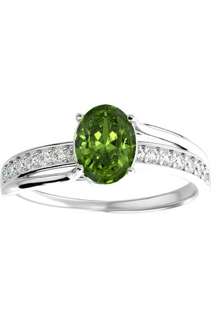SuperJeweler 1.5 Carat Oval Shape Peridot & 14 Diamond Ring in 14K (3.50 g)