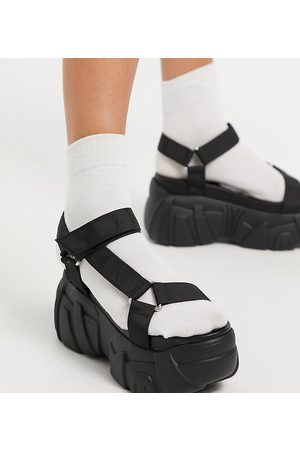 ASOS Wide Fit Webb chunky sporty flatforms in