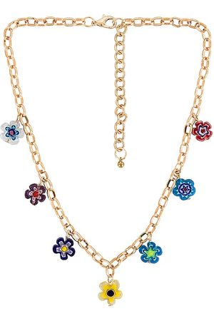 petit moments Daisy Chain Necklace in Metallic .