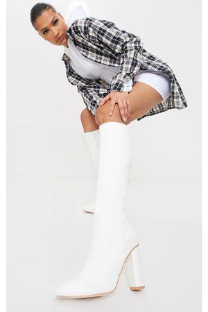 PRETTYLITTLETHING Round Block Heel Knee High Boots