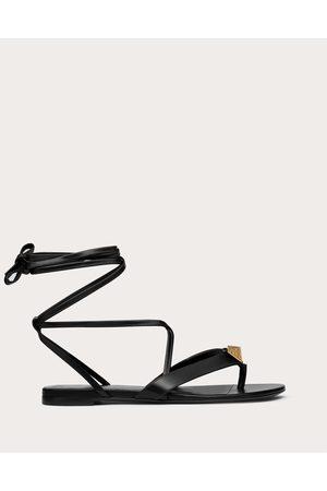 VALENTINO GARAVANI Women Flip Flops - Roman Stud Flat Flip Flop Sandal In Calfskin Women 100% Pelle Di Vitello - Bos Taurus 35