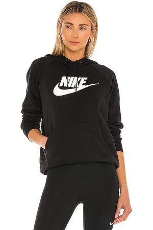 Nike NSW Essential Hoodie in .