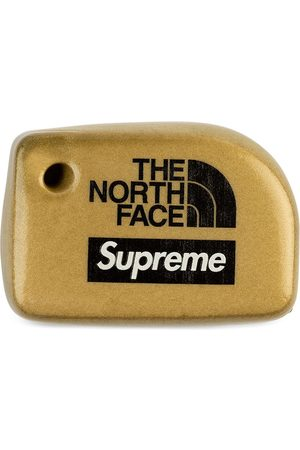 Supreme X The North Face Floating keychain